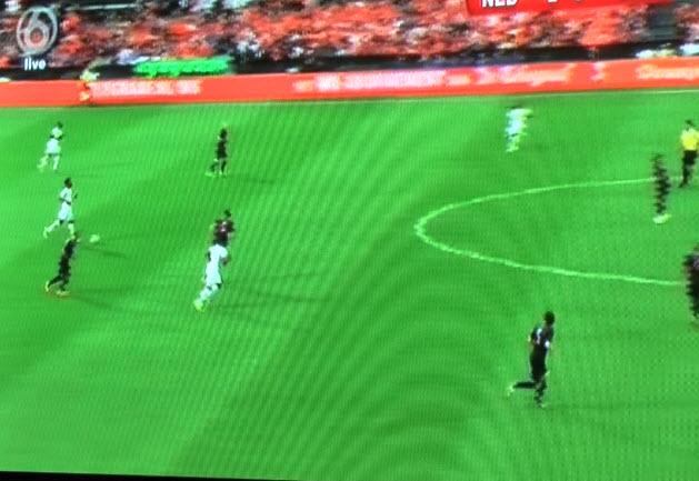 Het werd steeds gekker, want Sneijder, Robben en Van Persie lopen hier zelfs achteruit.