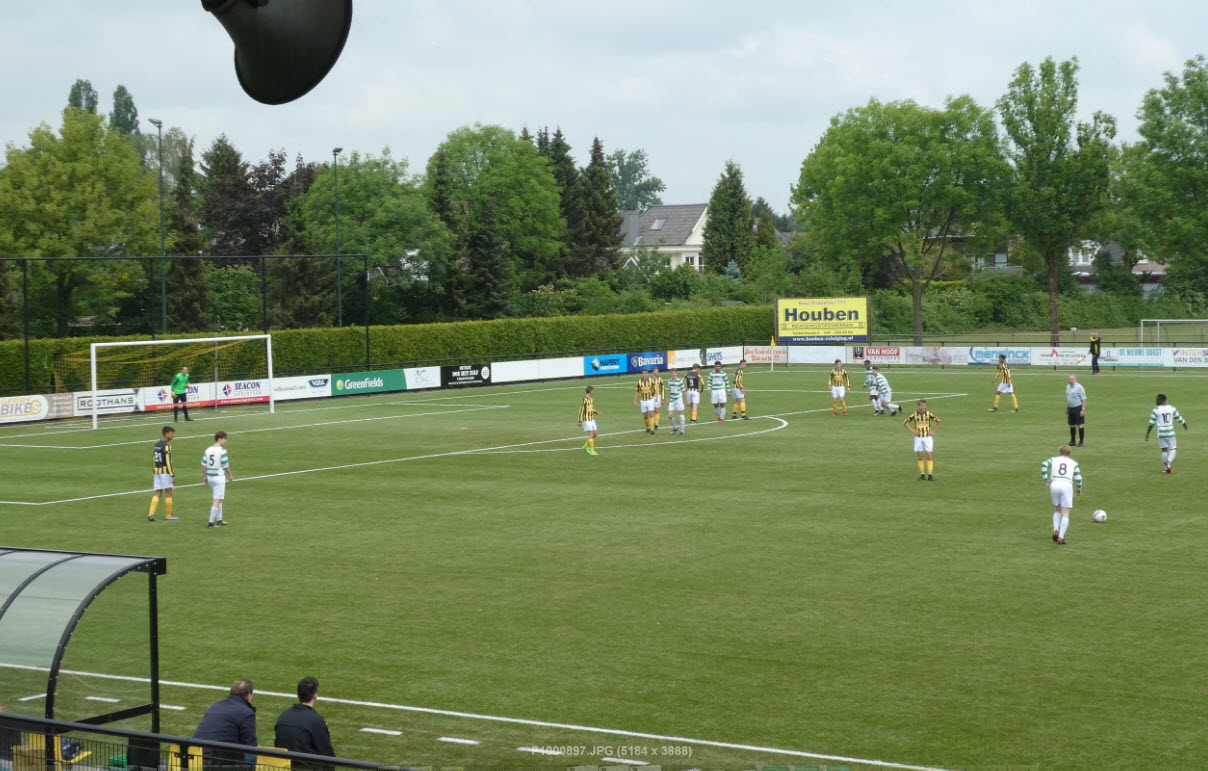 jeugdvoetbal 017